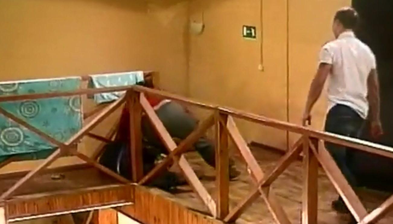 Видео дом 2 драка рустама и артура 19 11