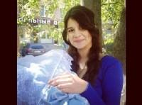 Алиана собирается в Крым с новорождённым Робертом?