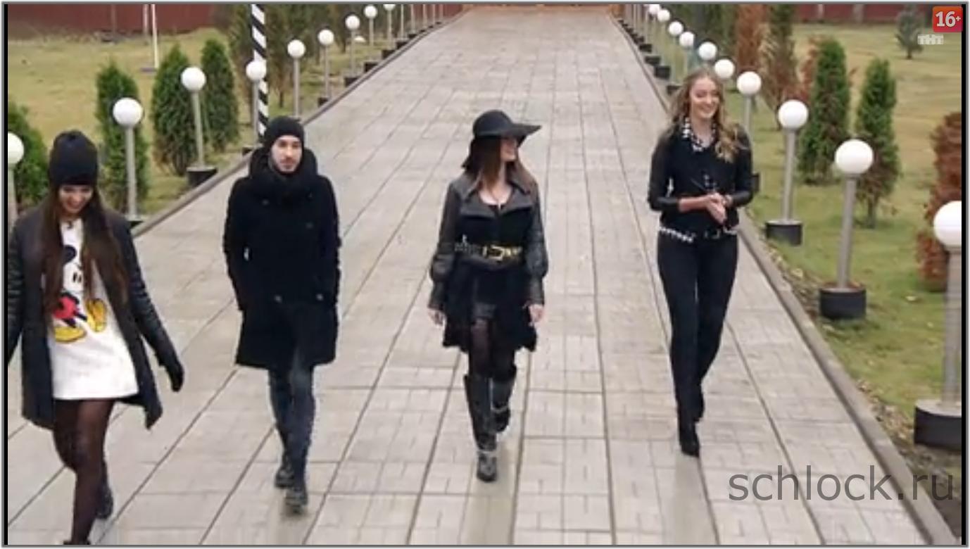 Три девки и один чувак 25 фотография
