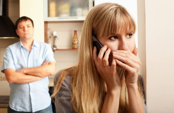 Измена жены – виноват муж?