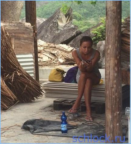 34-летняя Анастасия , любит покурить