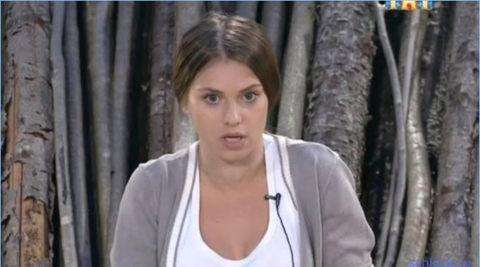 Александра Артемова унизила свою соседку?!