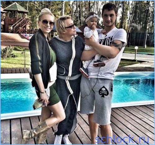 Задойнов вернулся в семью