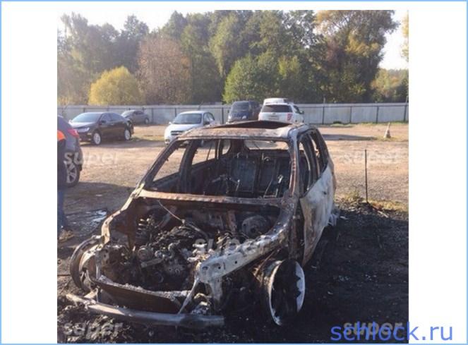 Неизвестные сожгли автомобиль Терехина