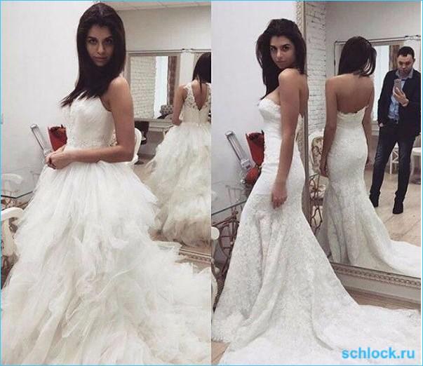 Алиана  выбирает свадебный наряд