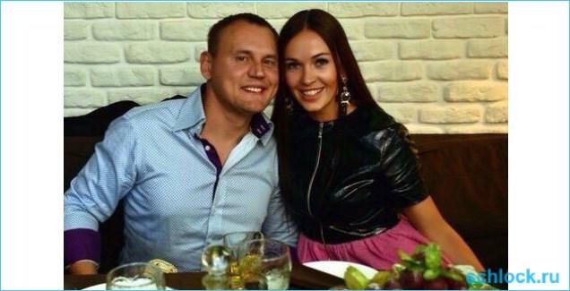 Меньщиков налаживает отношения с женой