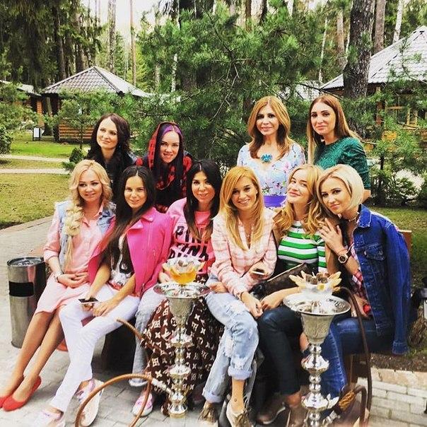 Беременная вечеринка Дарьи Пынзарь