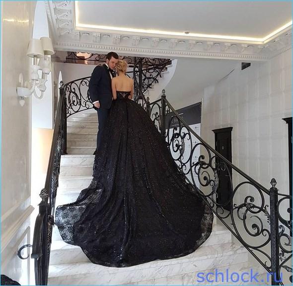 Евгения Феофилактова устроила «черную» свадьбу