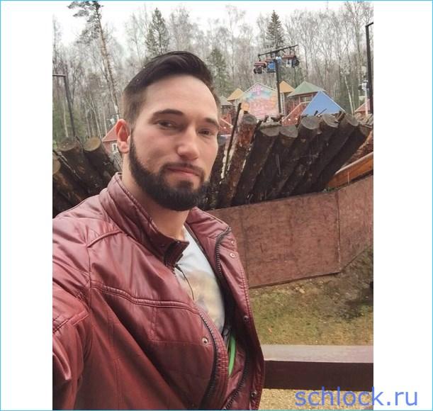 Денис Козлович переселился в мужскую спальню