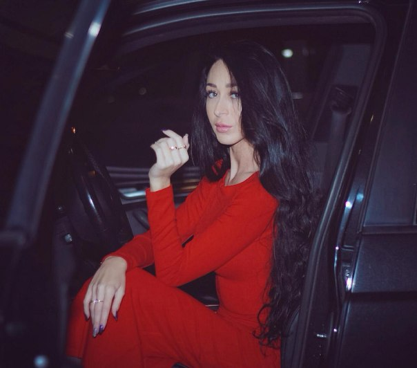 Новая девушка Ильи Яббарова