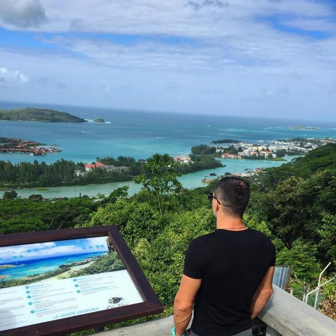 Свежие фото с нового Острова любви (30 августа)