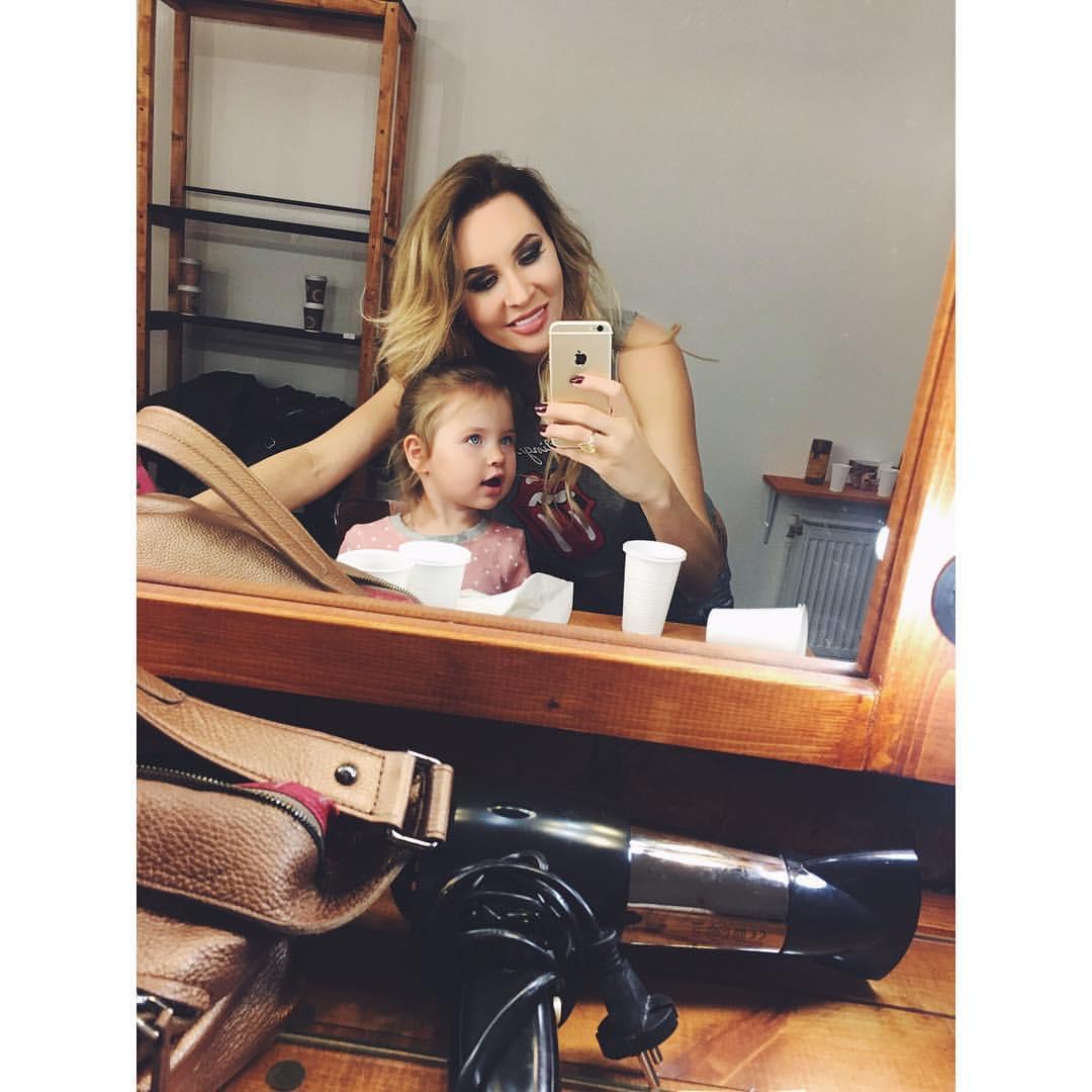 Элина камирен дочь фото ребенка