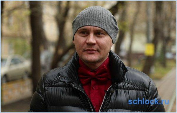 Меньщиков хочет сдать больного отца в дом престарелых