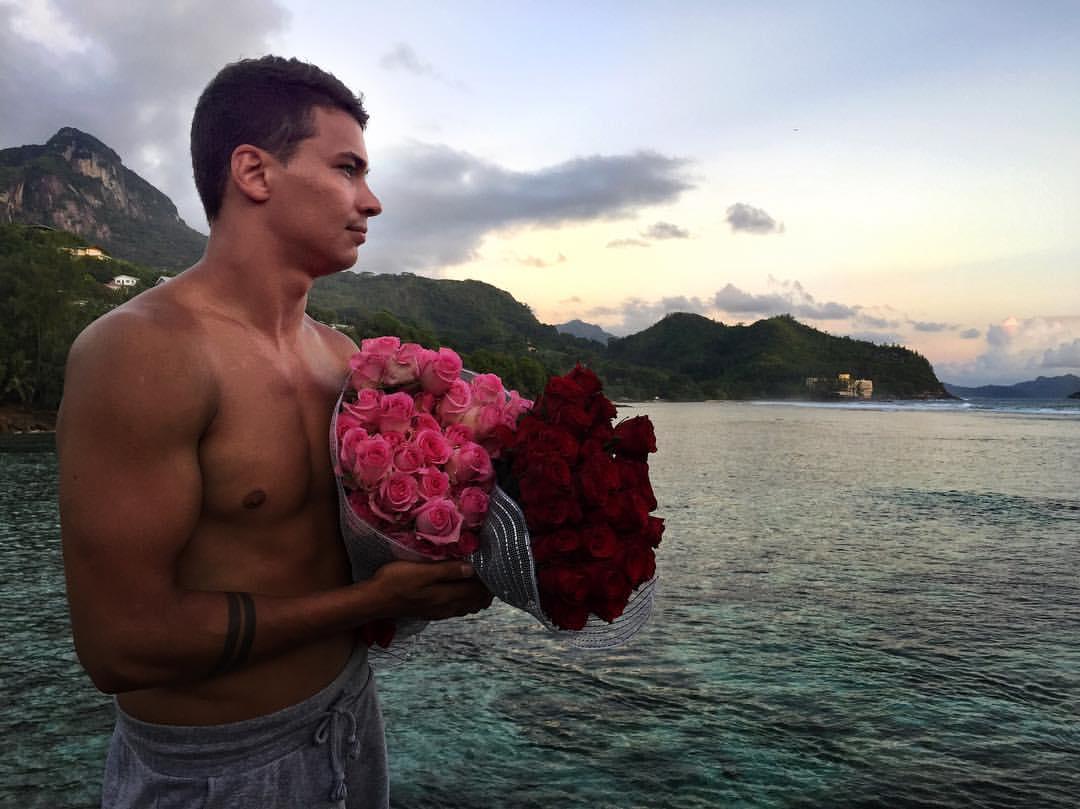 Свежие фото с Острова любви (29 ноября)