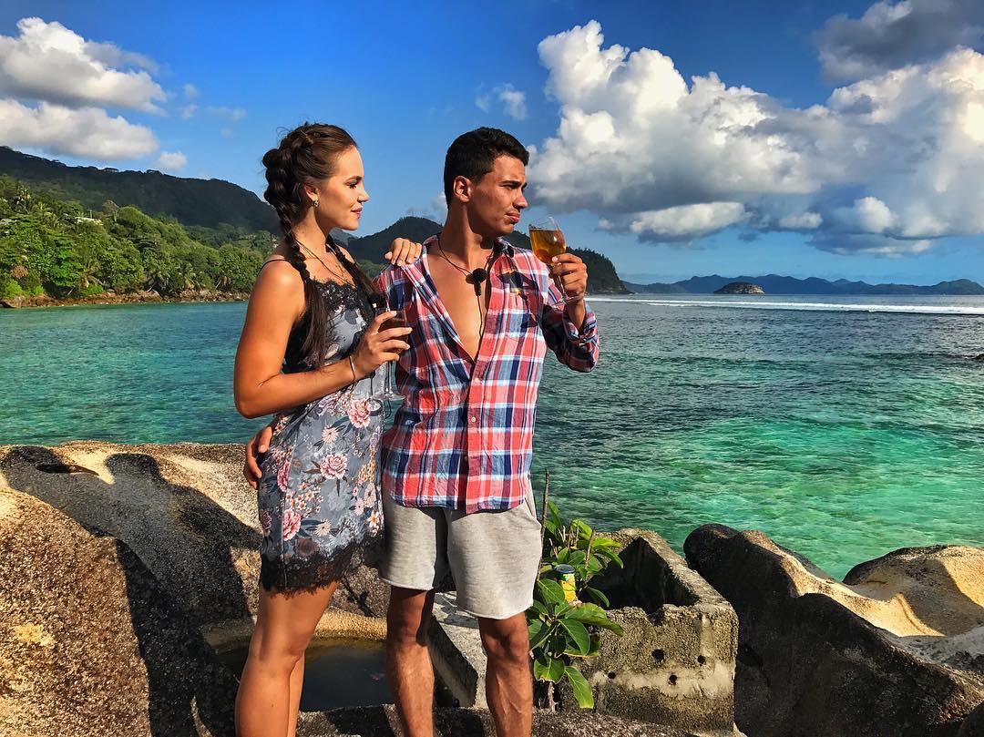 Свежие фото с Острова любви (28 ноября)