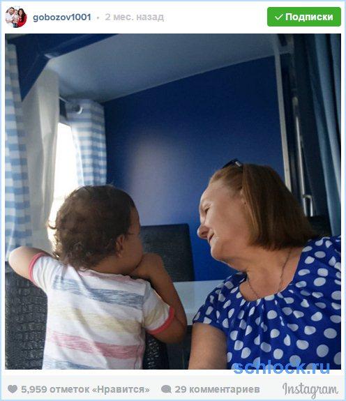 Мама Александра Гобозова оказалась на улице после ссоры с невесткой