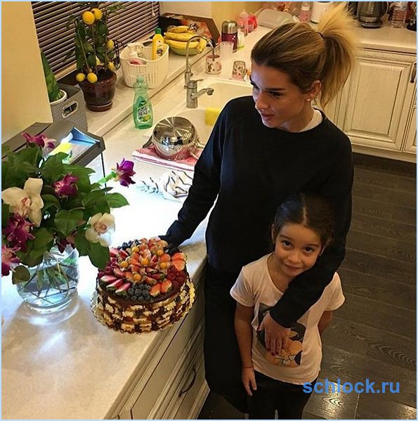 Ксения Бородина снова беременна?