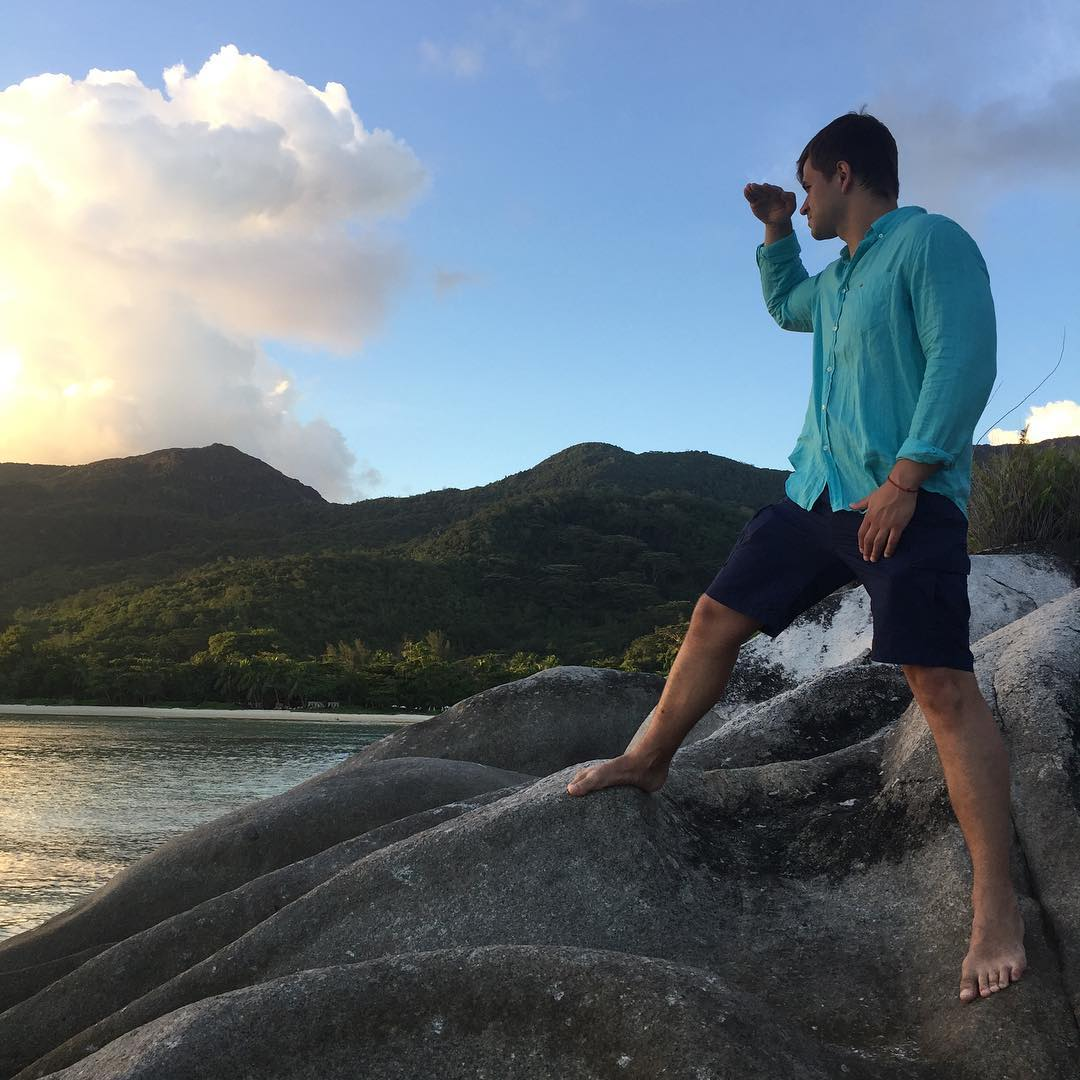 Свежие фото с Острова любви (11 мая)
