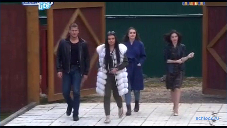 Приход участников на дом 2 19.05.17 – Олеся, Влада, Сергей и Аня