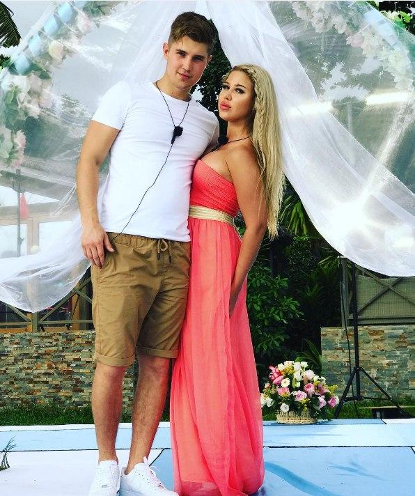 Первые фото со свадьбы Алексея и Майи?