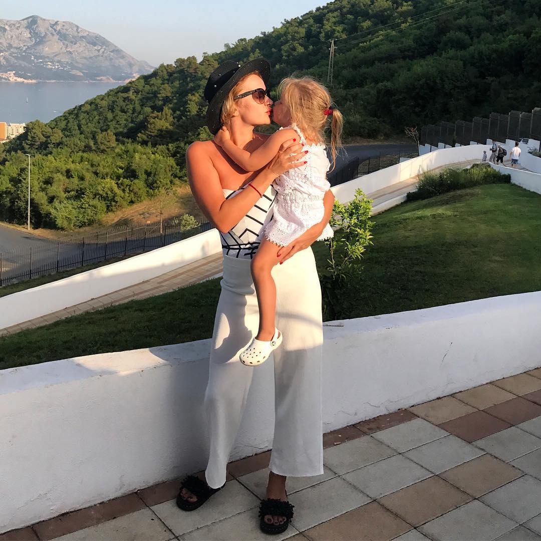 Дом-2 фото лены бушиной с ее ребенком