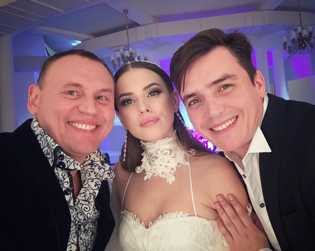 Самая красивая свадьба была у...